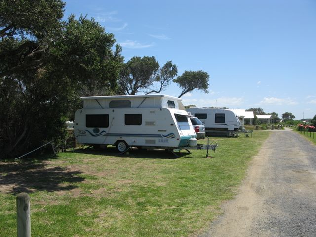 Barwon Heads Caravan Park - Barwon Heads Powered sites for
