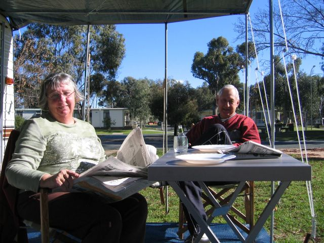 Relaxing at Echuca Holiday Park