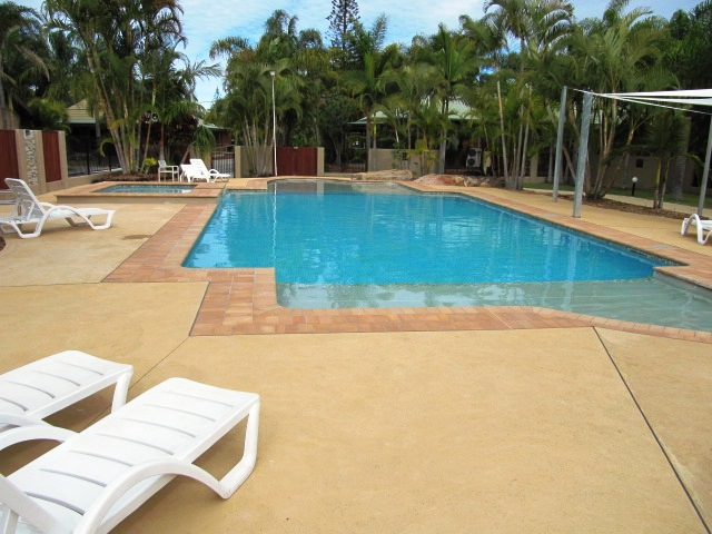 Blue Dolphin Holiday Resort - Tropical Pool