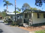 Dunbogan Caravan Park - Dunbogan: Cottage accommodation, ideal for families, couples and singles