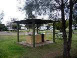 Pinaroo Leisure Park - Muswellbrook: BBQ area