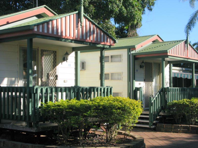 Shelly Beach Caravan Park - Torquay Cottage accommodation
