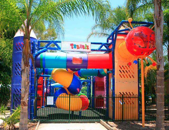 Blue Dolphin Holiday Resort - Yamba Playground for children.